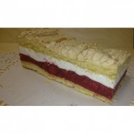 Colette ciasto truskawkowe z bitą śmietaną